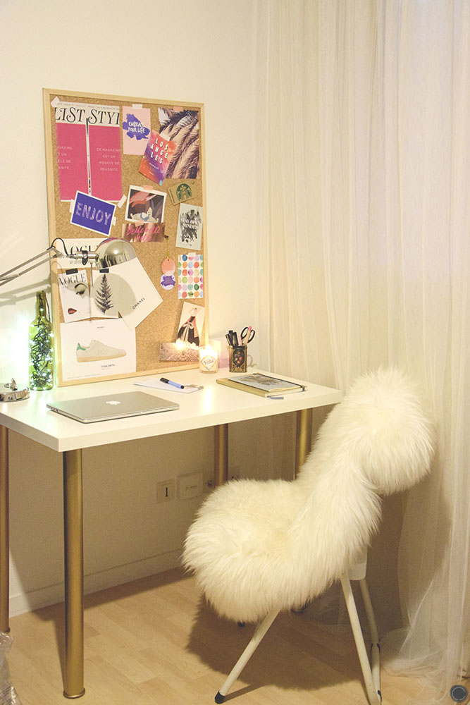 Diy 18 d co un bureau customis avec des pieds or for Petit bureau simple