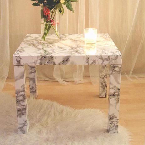 DIY #15 // Déco : une table 'lack' d'Ikea relookée avec un sticker marbre