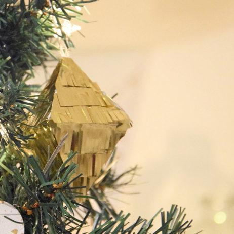 DIY #27 // Noël : suspension mini pinata à franges