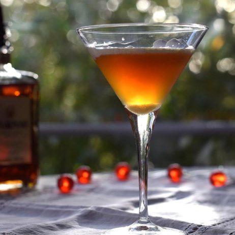 DIY #33 // cocktail du Nouvel An : l'Amaretto Sour revisité