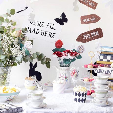 Alice Mad Tea Party : la déco de la table !