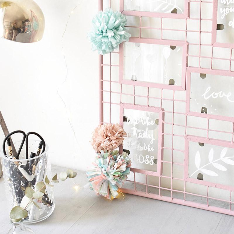diy upcycling un cadre photo transform en moodboard color c by clemence. Black Bedroom Furniture Sets. Home Design Ideas