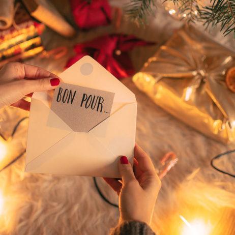 + de 100 idées de cadeaux immatériels (pour Noël, anniversaires, mariage…)