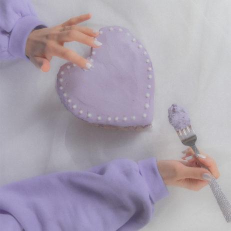 Shooting d'inspiration : Purple Love Photoshoot {monochrome lilas}